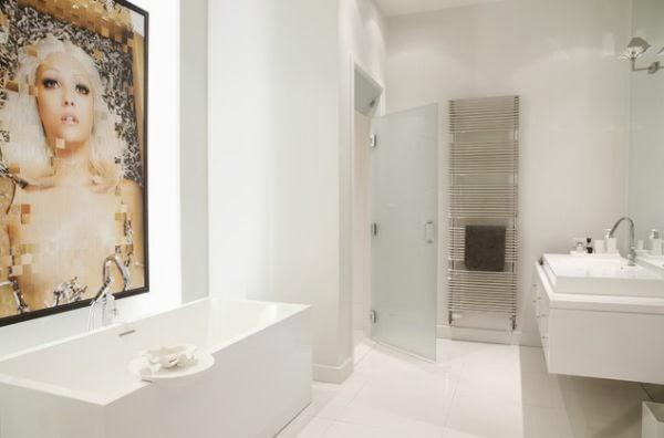 Baños Blanco Con Beige:baño blanco estilo moderno Paredes blancas que se ven adornadas con
