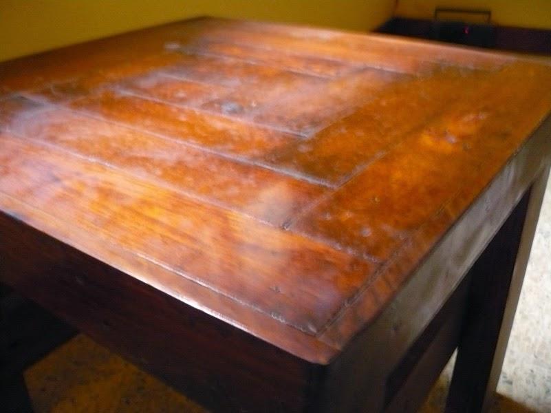 como hacer una mesita de sala, con madera de palet, de forma sencilla.