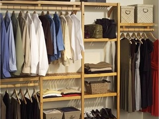 http://www.krisztinawilliams.com/2013/01/how-to-get-out-of-mess-organize-your.html