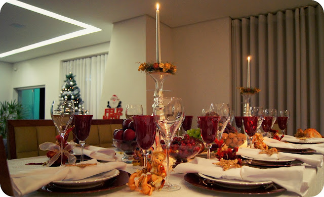 Decoração natalina mesa de natal vermelho e dourado