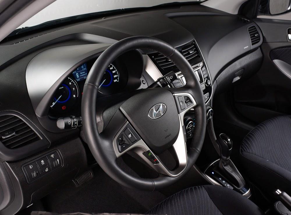 интерьер салона нового Hyundai Solaris