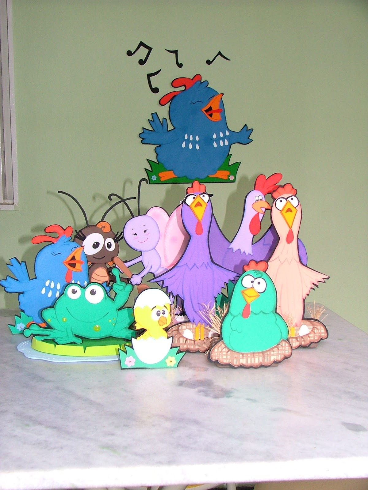 Festa da Galinha Pintadinha feita em casa - Loucura Materna