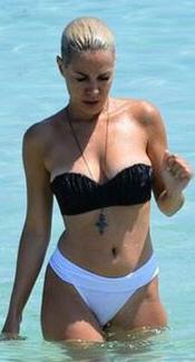 Ράνια Κωστάκη, Sexy, μαγιό, hot
