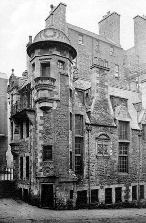 Tour scotland photographs old photograph lady stair s for Classic house edinburgh