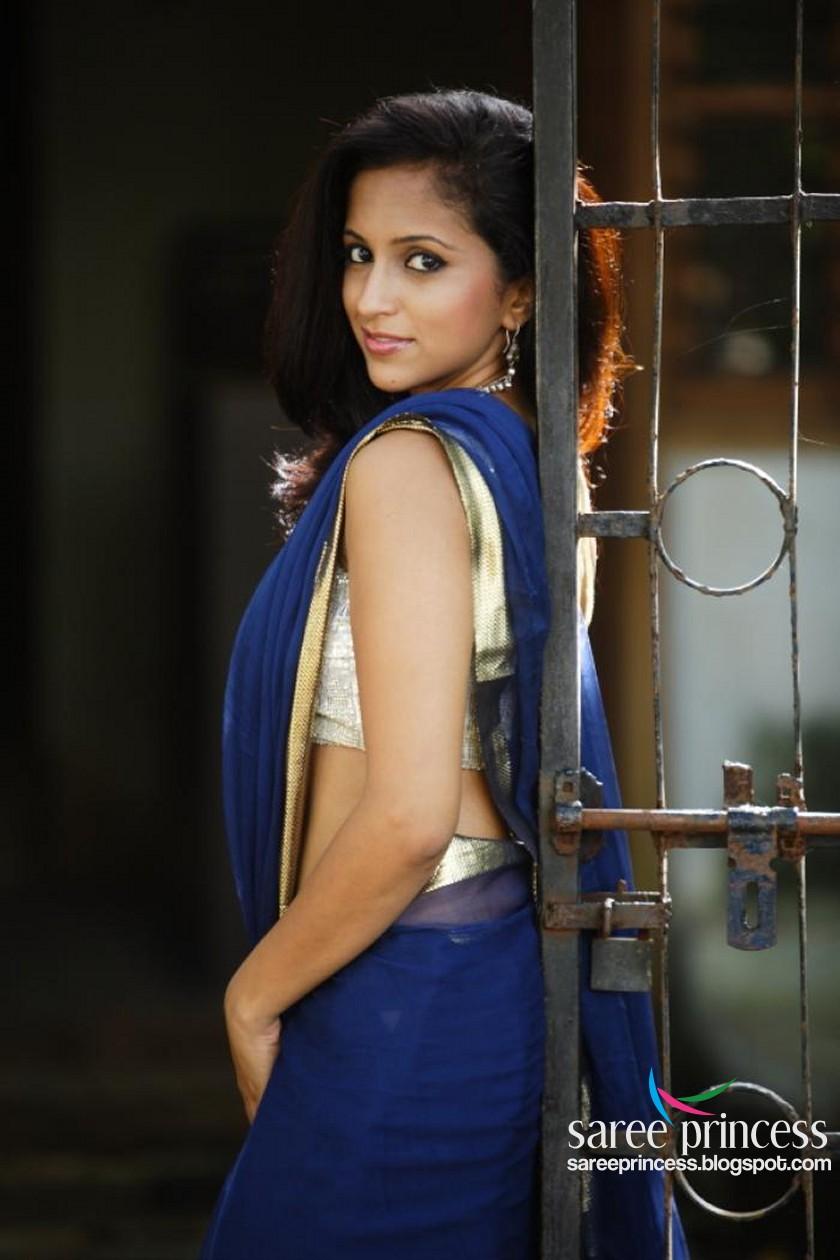 hot bollywood actress in backless saree - best wallpaper omundodelua