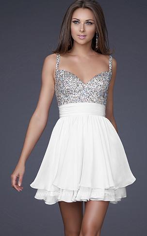 la mayoria de chicas suelen elegir los vestidos cortos de fiesta para    Vestidos De Fiesta Para Adolescentes 2014 Cortos