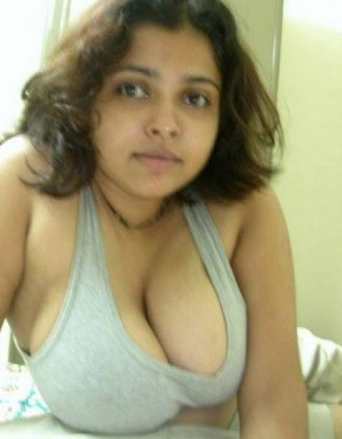 Sri lanka desi wife hairy pussy fucked by condom cover dick 7