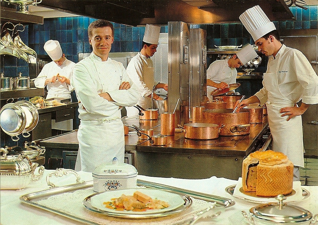 alain chapel Guérard introduced him to that small group of like-minded people, including alain  chapel, the troisgros brothers and paul bocuse, who were.