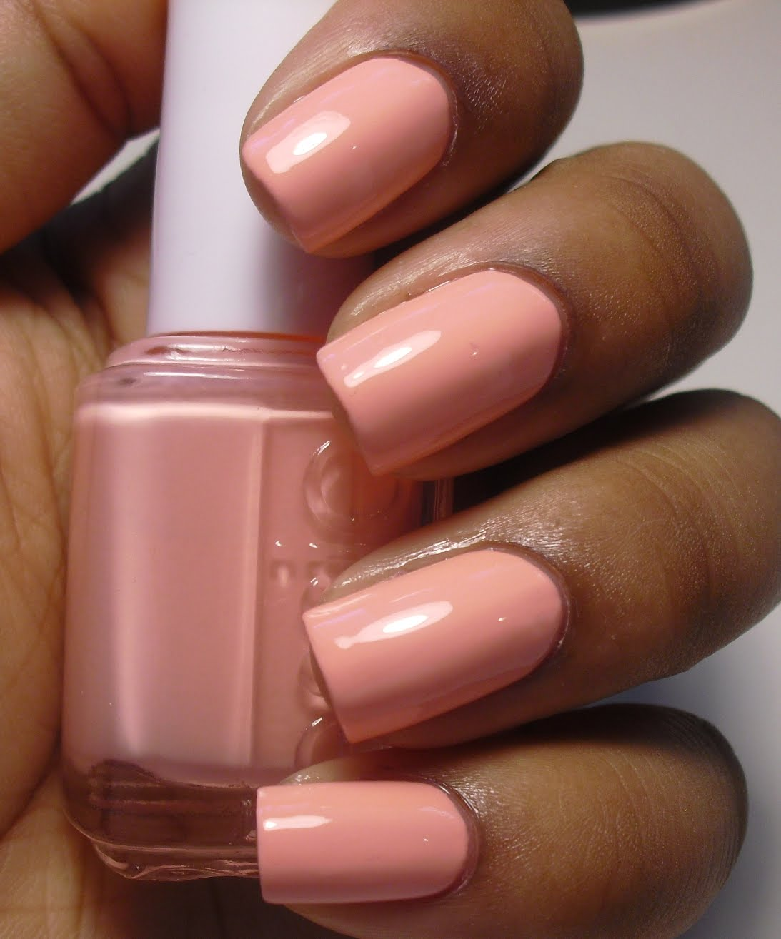 Addicted to Polish: Essie Van D\'Go
