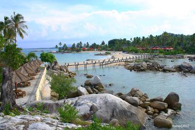 Objek wisata Pantai Parai Tenggiri Bangka Belitung 4