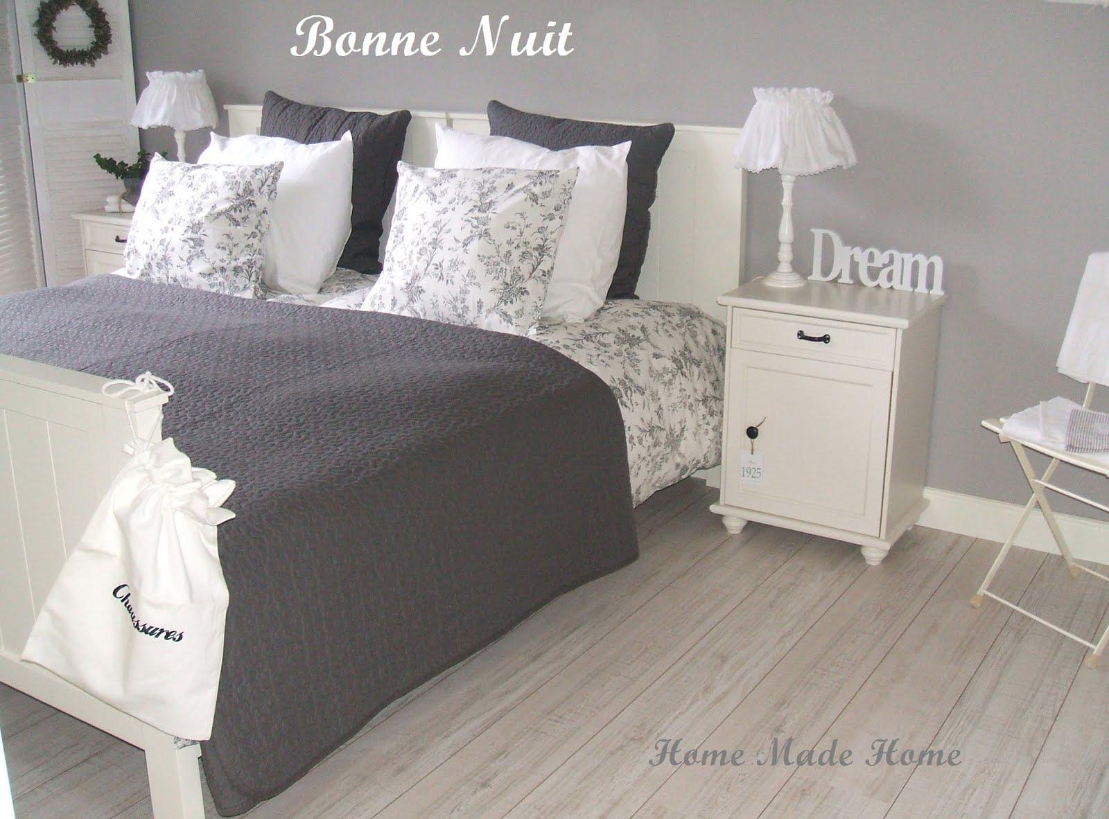 Wit grijze slaapkamer interieur meubilair idee n - Grijze slaapkamer ...
