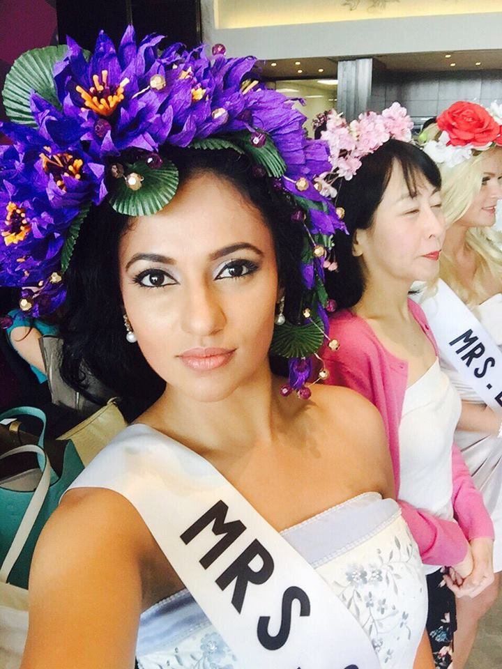 Mrs Globe 2015 Udari Warnakulasooriya