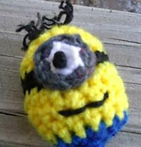 http://www.ravelry.com/patterns/library/little-guys-stuffies-and-ornaments-minion-balls