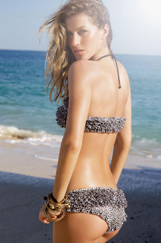 Gisele Bundchen modelling at Victoria Secret
