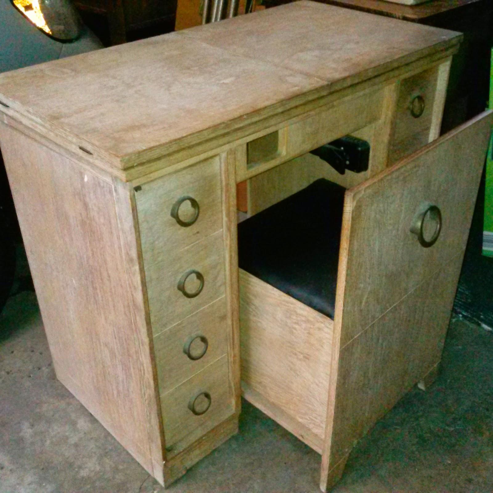 Sewing Machine Mavin: The Cabinet Craze