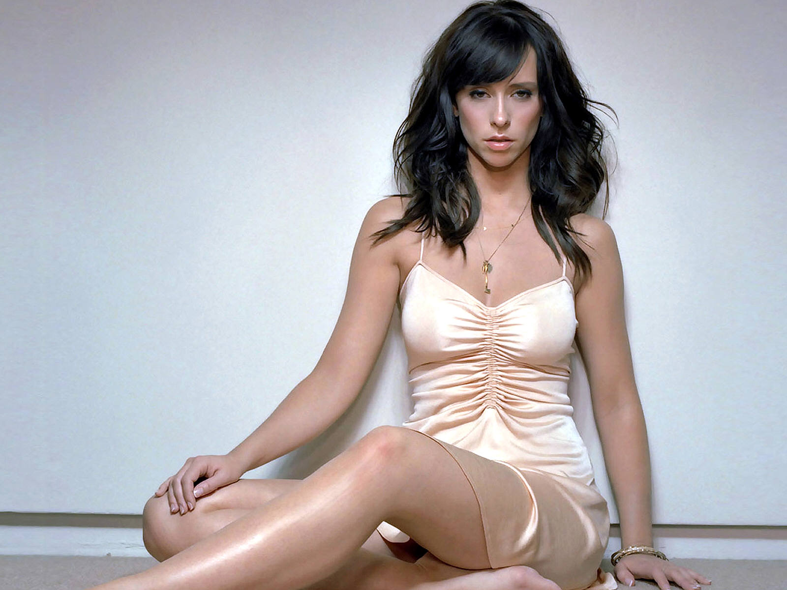 Has Jennifer Love Hewitt ever been nude? -
