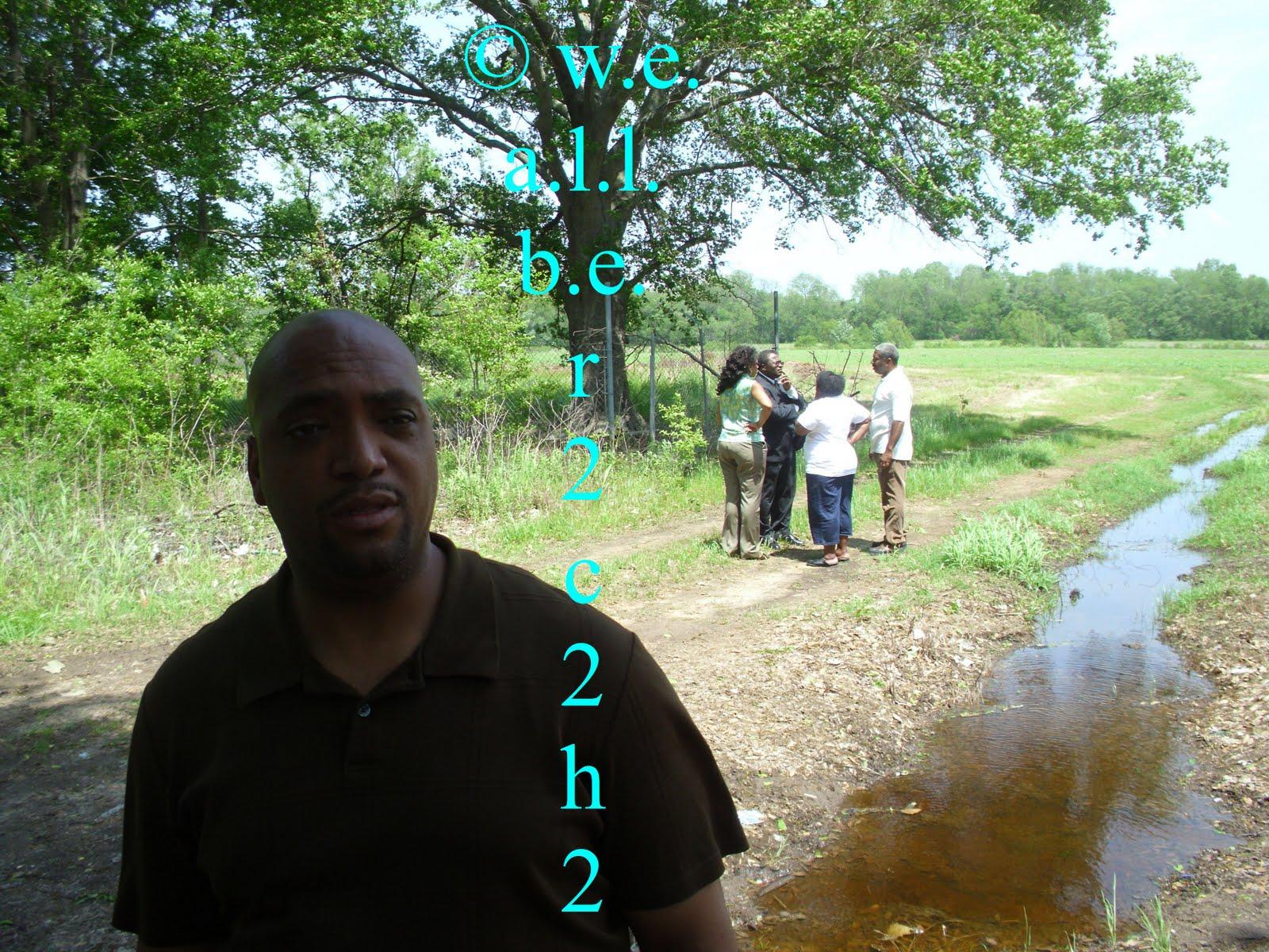 http://1.bp.blogspot.com/-tfGbdl_JepE/ThPxWQXMMqI/AAAAAAAAGqA/cWJ6rBXpDXM/s1600/crime+scene+2.jpg