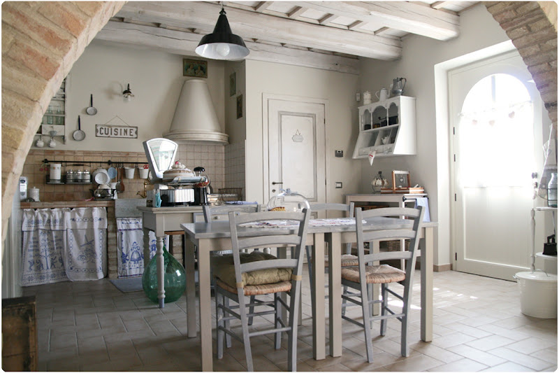 Countrykitty back from heaven part 2 living area and - Archi mattoni vista in cucina ...
