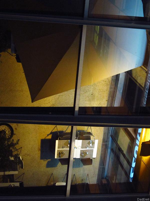 Terrasse de restaurant à la Cité internationale de Lyon