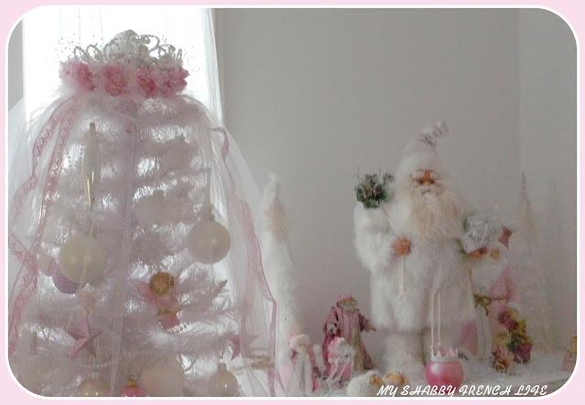 Sapin shabby chic rose et blanc