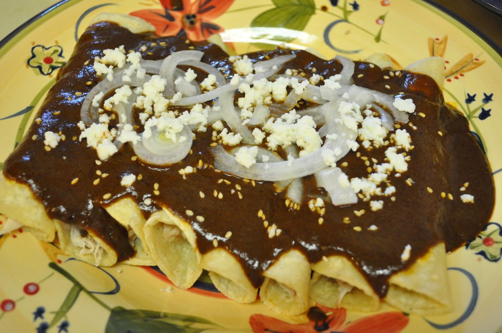365 d as de platillos mexicanos enchiladas de mole for Tipos de encielados