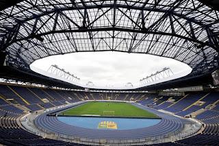 Suasana di dalam Stadion EURO 2012