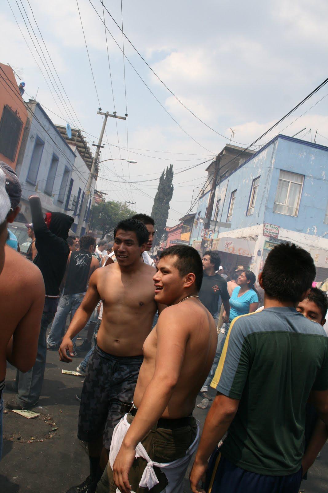 Desnudos en las calles de mexico - 2 8