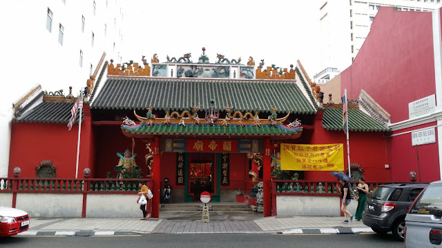 Templo budista del Barrio Chino de Kuala Lumpur