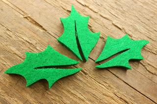 listki ostrokrzewu filcowe