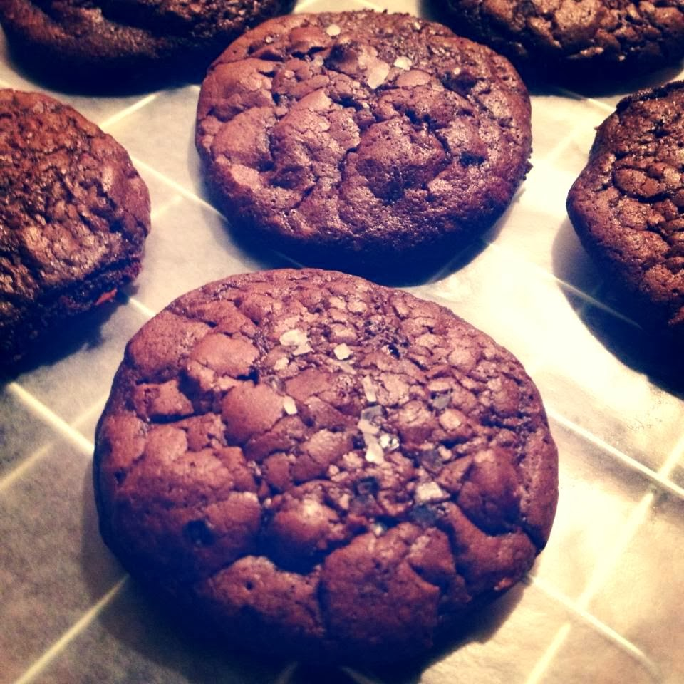 Salted Dark Chocolate Truffle Cookies | Cupcake Boom
