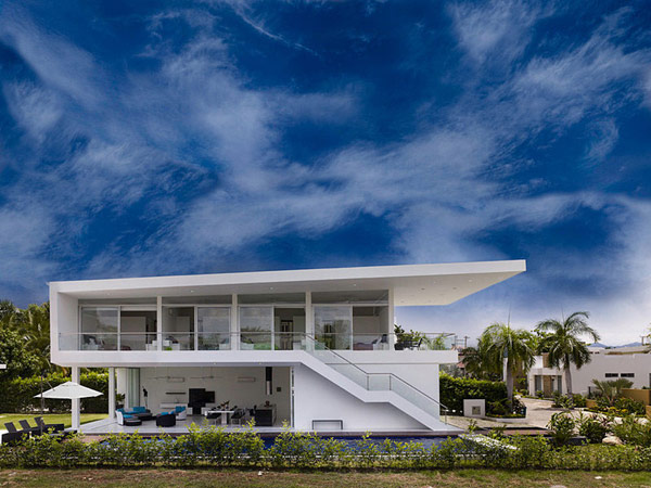 Home minimalist architectur the idea of luxury homes by for Luxury minimalist house