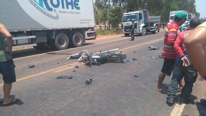 Duas pessoas morrem em acidente na BR-226