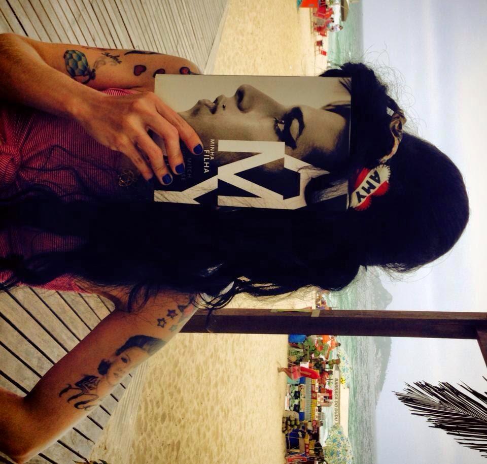 Sósia Amy Winehouse na Barra da Tijuca - Homenagem à Diva Amy !