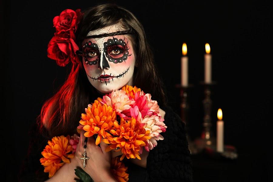 ... Santos. (Caracterizaciones, Disfraces, Flores, Altares y Ofrendas