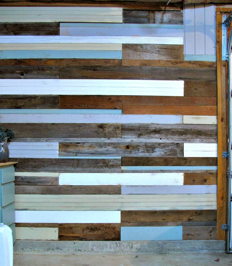 Blue Roof Cabin Diy Plank Wall