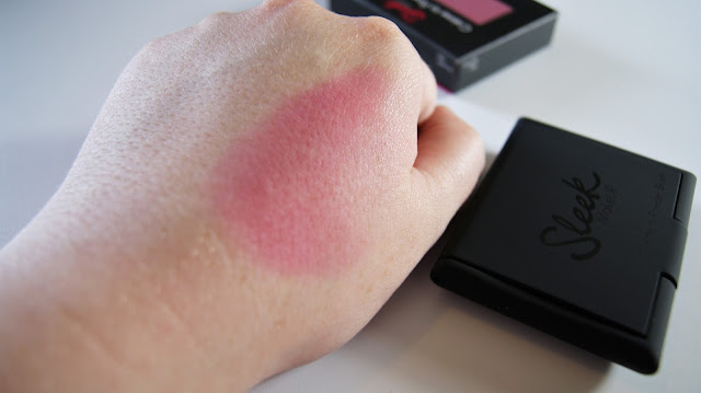 Sleek MakeUP Crème To Powder Blush Amaryllis Swatch