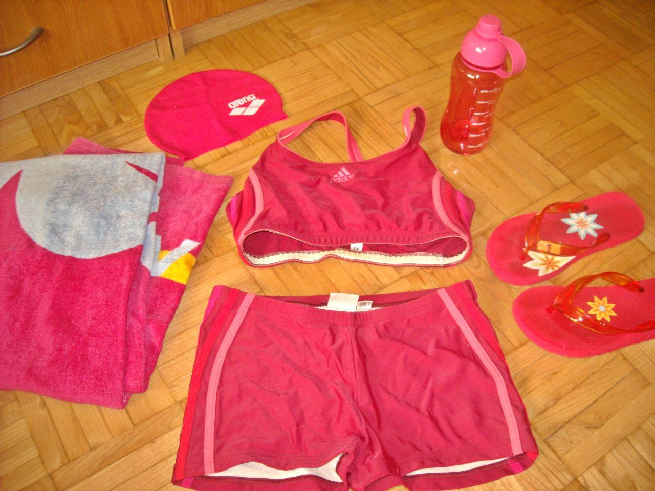 ropa deporte adidas piscina
