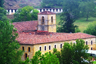 Cangas de Onís, monasterio de San Pedro de Villanueva