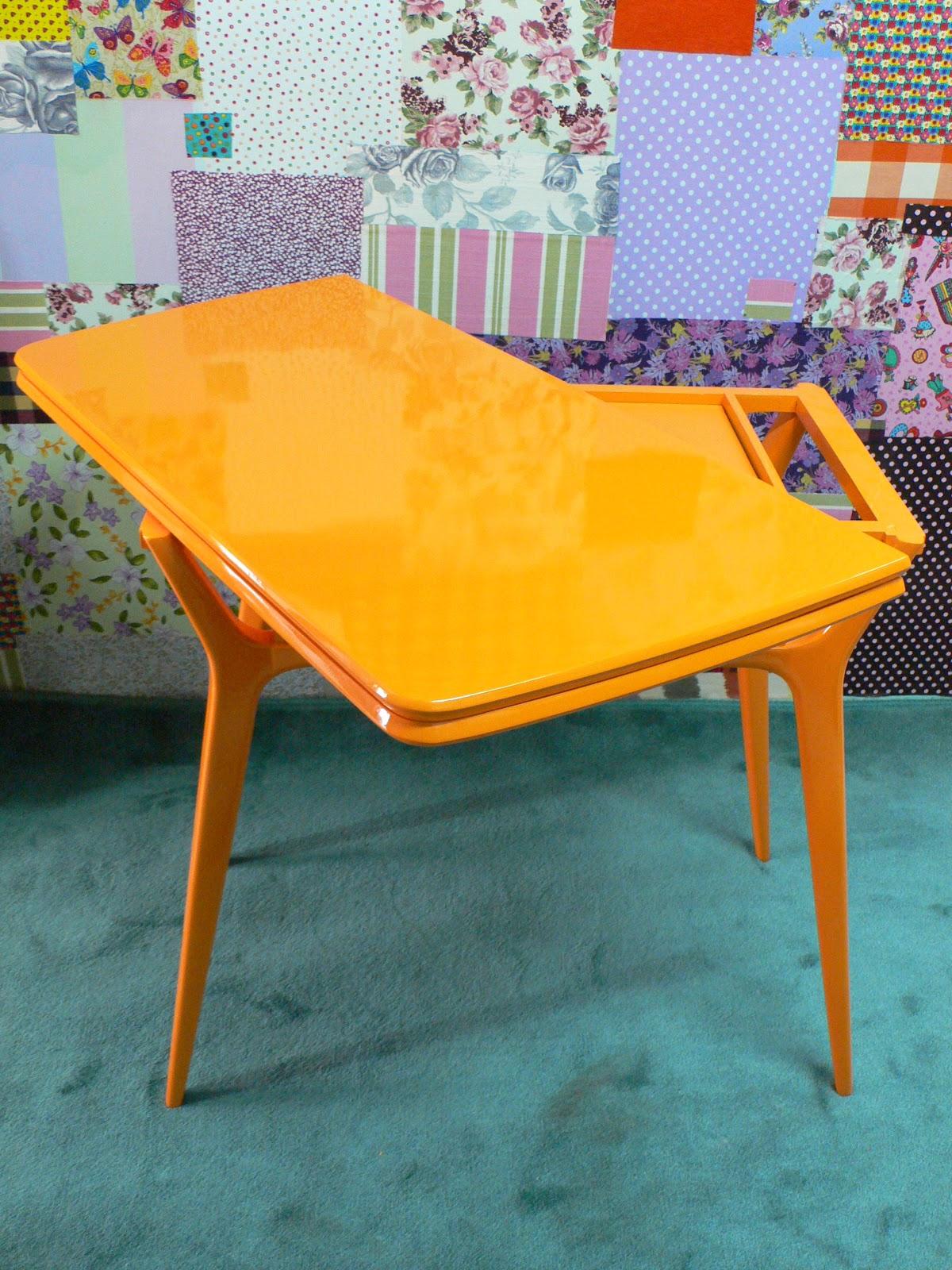 Artesanato Luminaria ~ Ateliando Customizaç u00e3o de móveis antigos Aparador anos 50 ou mesa de jantar? Voc u00ea escolhe
