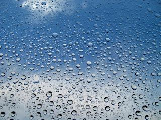 http://raining.fm/raindrops/