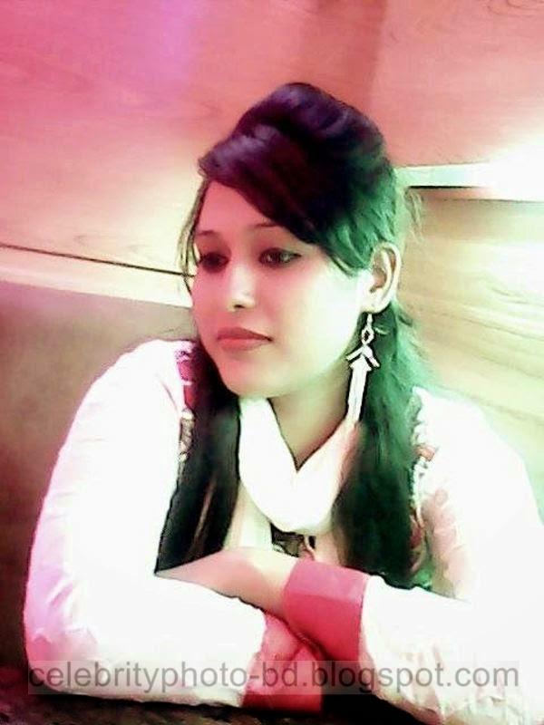 Beautiful%2BBangladeshi%2BLocal%2BHot%2BGirl%2BNishat%2BMollik%2BPhotos%2BCollection%2B2014 2015010