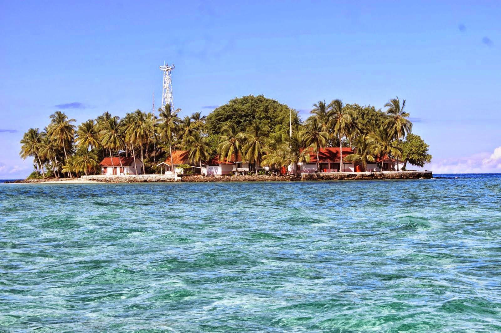 ini dia surganya kalimantan selatan pulau samber gelap yang terletak di kabupaten kotabaru selatan indosesia untuk menuju pulau tersebut kita