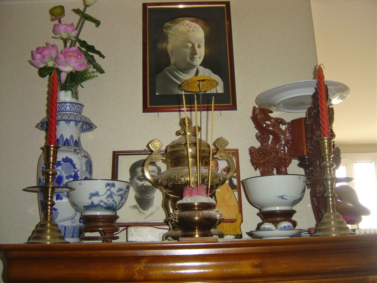 Hương Linh Ông Bà