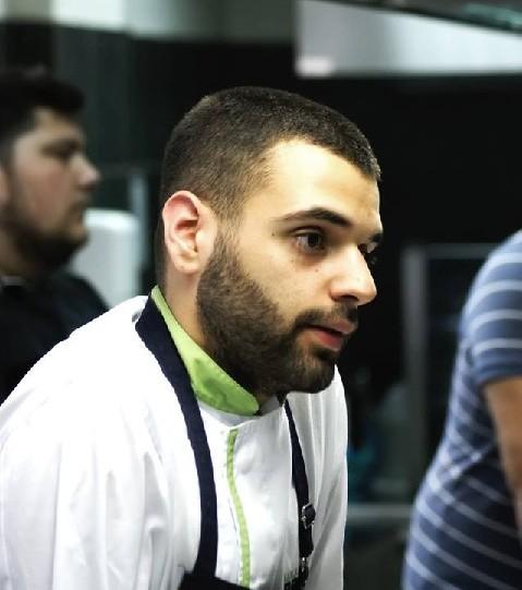 Οι συνταγές του Χολαργιώτη σεφ, Δημήτρη Αμπράζη