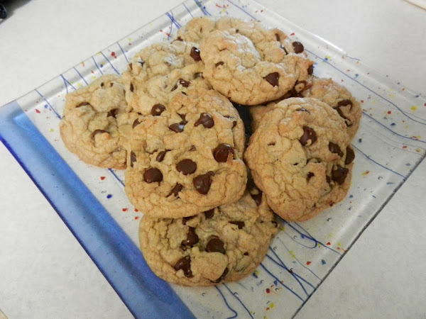 Diva In The Kitchen: Thick and Chewy Chocolate Chip Cookies
