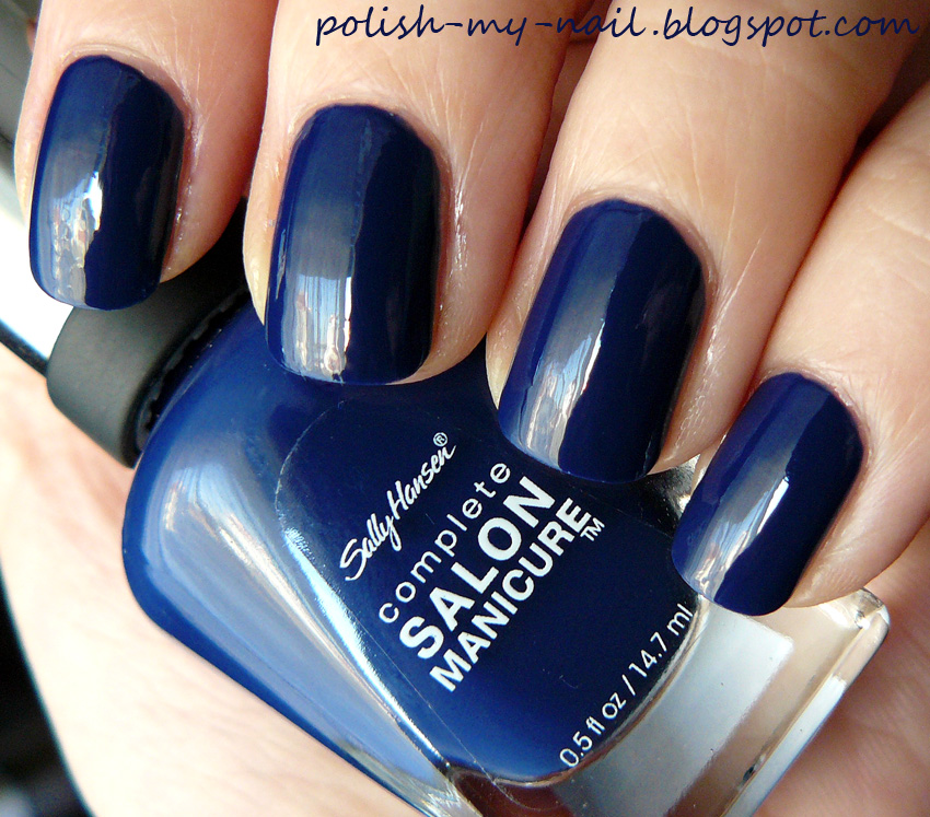 There Is Nothing Better To Boos Your Mood Than A Gorgeous Shiny Polish Add Cup O Hot Tea Cookie And I M In Heaven Felt Really Great With This Navy