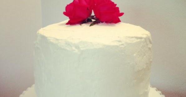 Cupcake Boom: Strawberry and White Chocolate Layer Cake Cherry