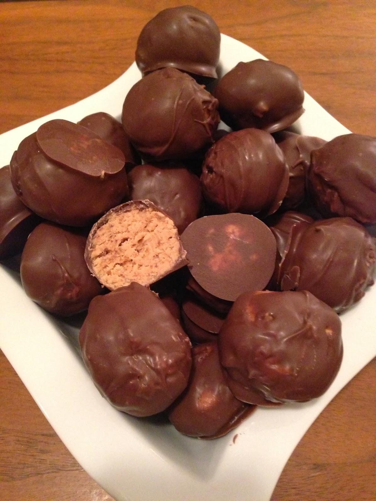Eat Pray Wear Love: Granny's Peanut Butter Balls
