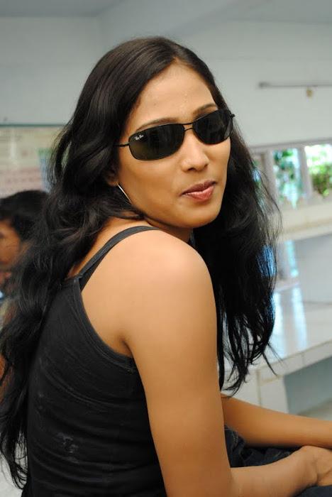 Gatham Movie Actress Spicy Photoss