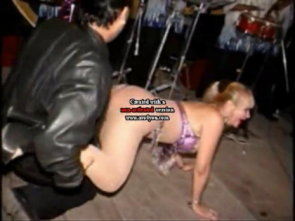 El sexo de la criada en la carga de puta